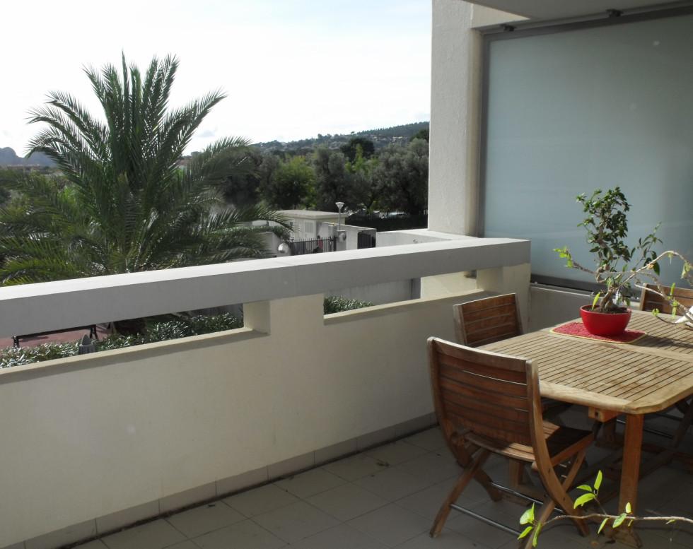 279000€ T3 avec belle terrasse résidence récente LA CIOTAT