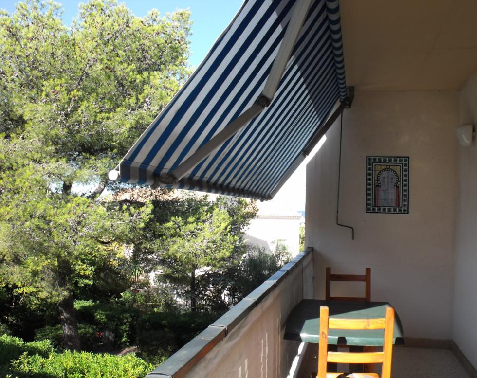 238 000 € T2 avec 2 terrasses , cave – SIX FOURS LES PLAGES