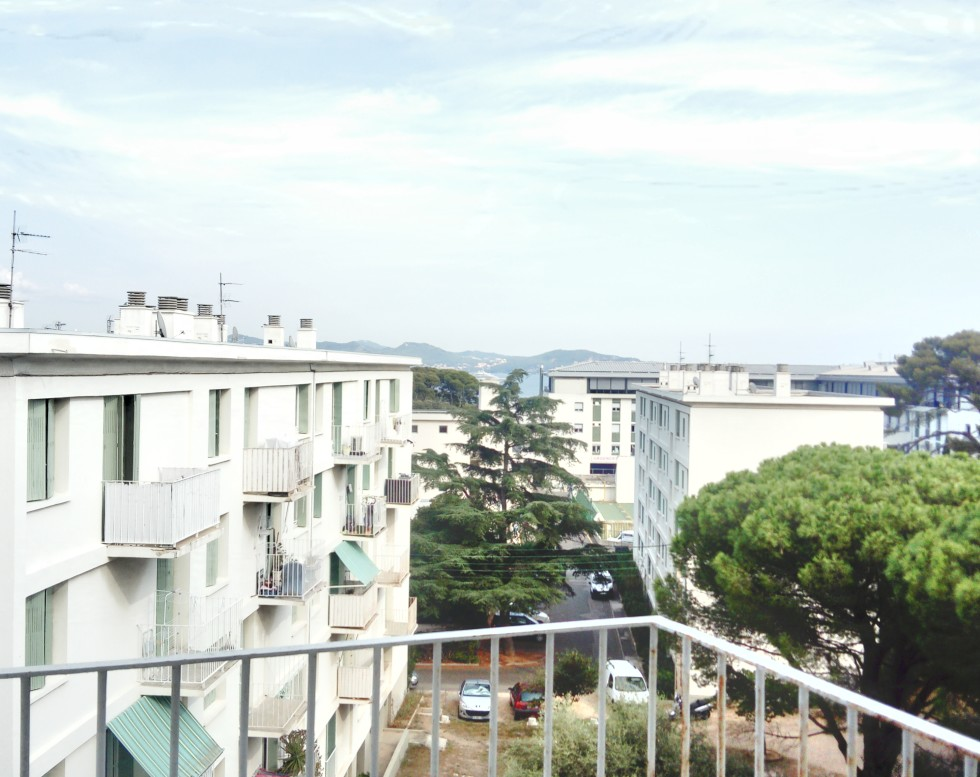 exclusivité 230 000 € T4 -balcon vue mer -parking LA CIOTAT